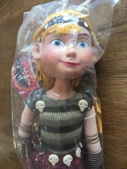 Authentic DreamWorks How to train your Dragon Astrid poseabl