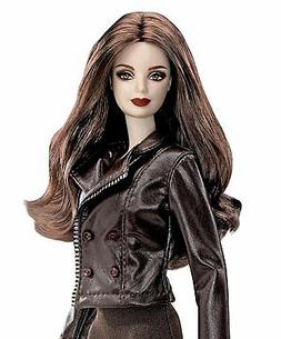 Bella Twilight Saga Breaking Dawn Part 2 Doll - NEW- Barbie
