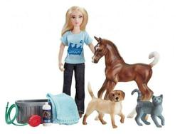 Breyer Classics Pet Groomer Doll & Animals Set , Multicolor