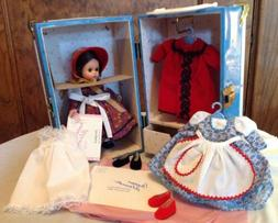 Madame Alexander Dolls Jo Goes To New York Trunk Set, So Nic