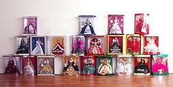 Holiday Barbie Doll 1988 - 2008 + 1997 Blond 2004 Burgundy R