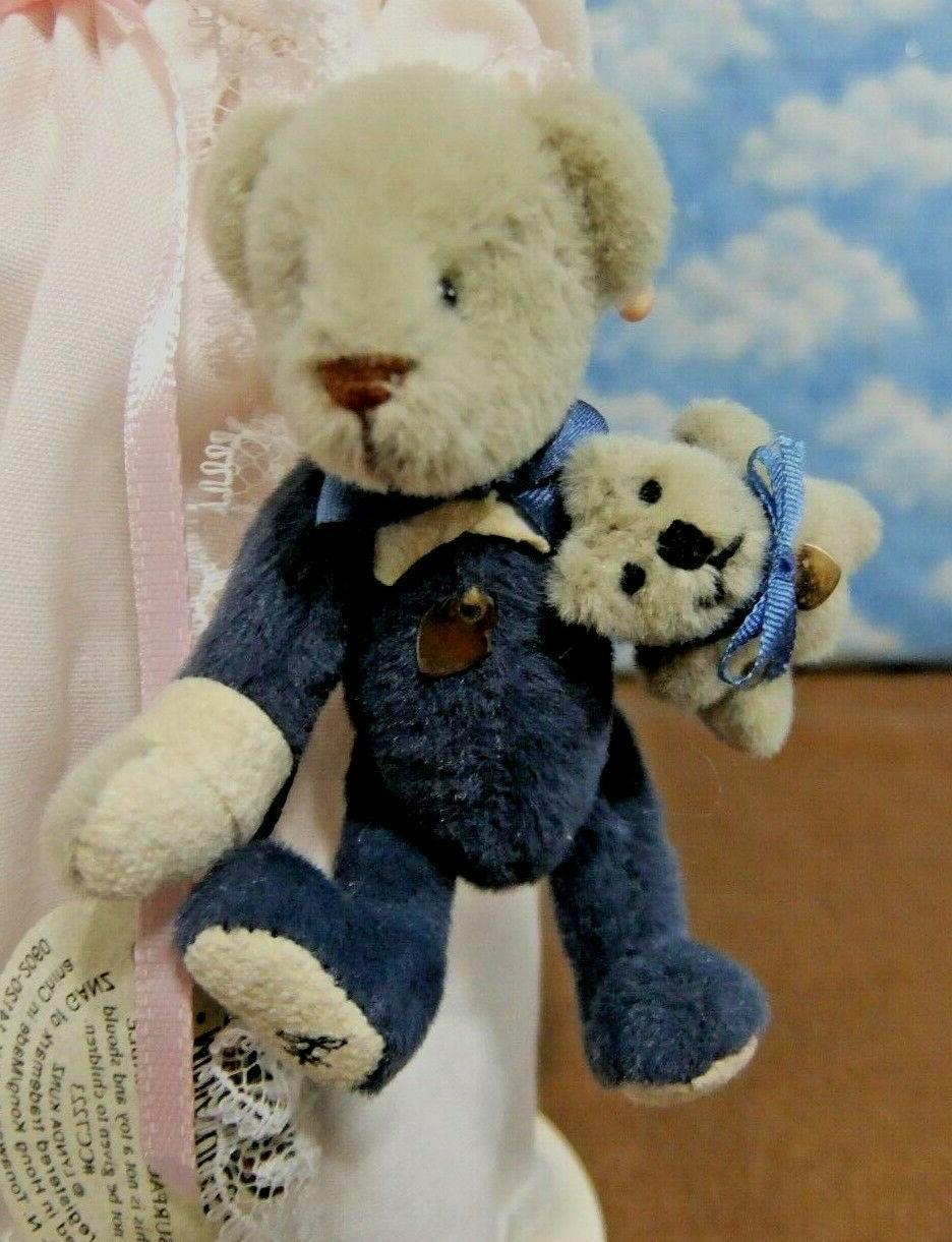 Madame Alexander WITH TEDDY a