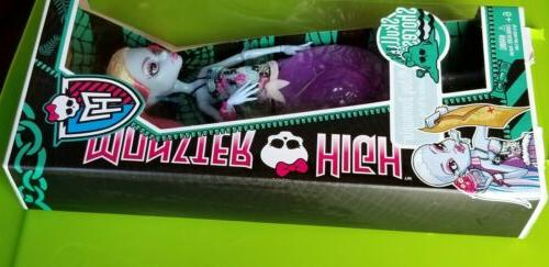 abby skull dolls box not
