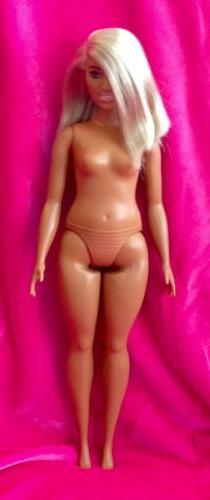Barbie FASHIONISTAS BARBIE Doll #111 Curvy Body Blonde Side