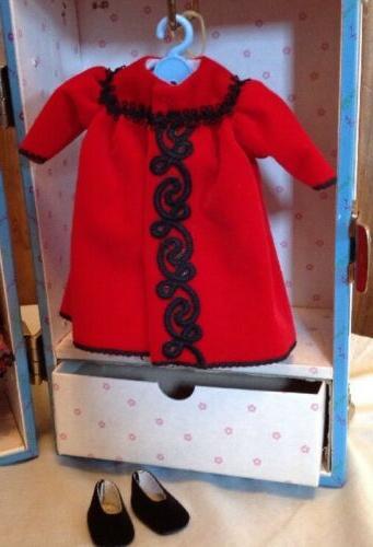 Madame Alexander Dolls Goes New Trunk Set,