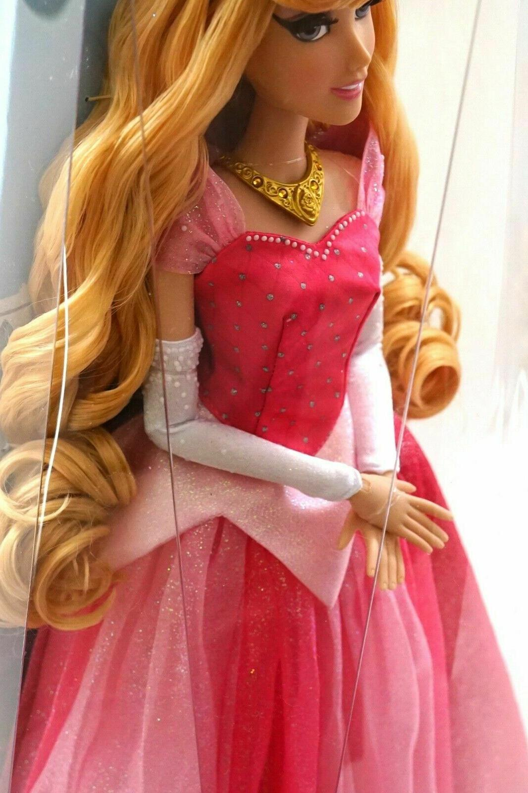 NEW Parks Diamond Castle Sleeping Aurora Doll