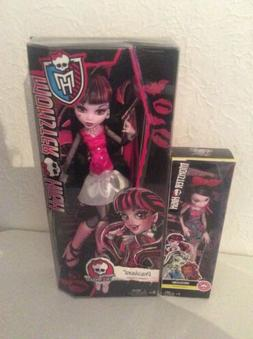 "Monster High Draculara 17"" Frightfully Tall Ghouls Doll"