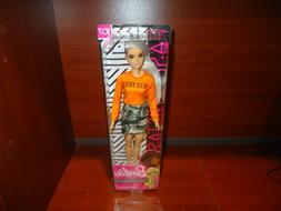 New 2018 / 2019 Barbie Fashionistas Doll 107 Shaved Head Mal