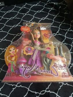 NEW BRATZ Genie Magic YASMIN Doll w/ Extra Genie outfit & Ne
