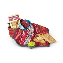 American Girl Saige Picnic Set Tamales Guacamole Chips Baske