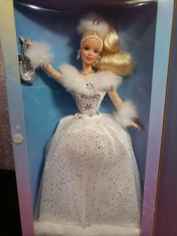 SPECIAL EDITION BARBIE COLLECTOR WINTER'S REFLECTION BARBIE