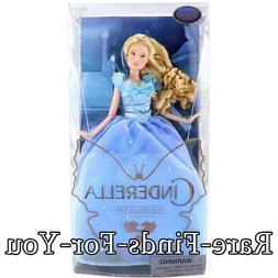 Disney Store Princess Cinderella Live Action Film Movie Pose