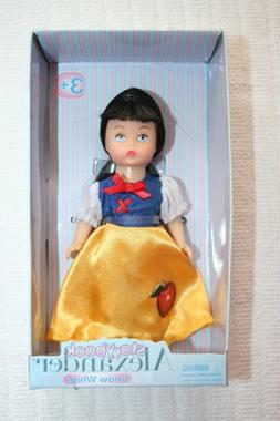 "Madame Alexander Storybook SNOW WHITE Mini Doll 5"""