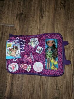 Bratz Study Abroad Case with Yasmin Doll FACTORY SEALED