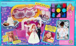 VTG 1993 CABOODLES WEDDING PLAYSET w/BRIDE & GROOM DOLLS TOY
